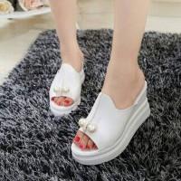 Sepatu Wanita Online Model Terbaru WEDGES MUTIARA PUTIH
