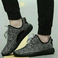 Sepatu fashion model bintik