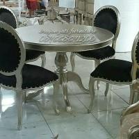 meja makan minimalis oval