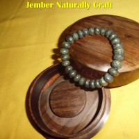 Gelang Batu BLACK JADE 10 mm di NATURALLY CRAFT JEMBER