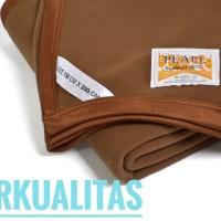 Selimut Polos Halus Tebal Merk PEARL Coklat tua 150x200cm