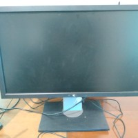 DELL P2210 Full HD Monitor PC Komputer