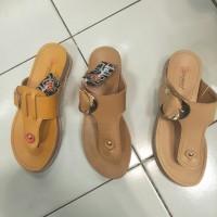 sandal flip flop donatello wanita