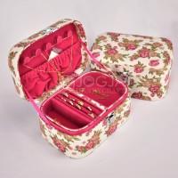 Jewelry Box / Kotak Tempat Perhiasan, Emas, Kalung, Cincin Pink Shabby