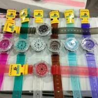 jam tangan favorit bening wanita pria