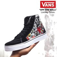 Sepatu Sneakers High Vans Authentic Old School Motif Looney Tunes