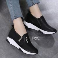 Sepatu Casual Wanita Ready Putih.Hitam Variasi Raslating