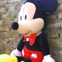 Boneka sepasang Mickey dan Minnie Mouse