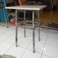 Custom Meja cafe, bar, kantin HPL 50*50*75 blokboard