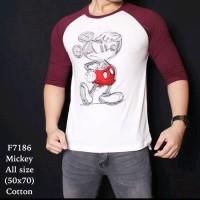 Kaos Casual Pria Raglan Mickey Mouse Sketsa Putih Lengan Merah 7186