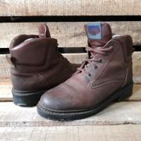 sepatu pantofel kulit second Ecco Boots size 38 fit 39