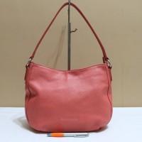 24d7525c2529 Tas branded GUY LAROCHE Peach shoulder bag second bekas original