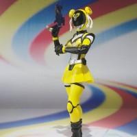 Bandai S.H.Figuarts SHF - Akiba Yellow (Season Tsuu)