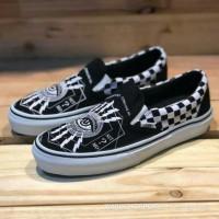 a75cbb3b73 Sepatu Vans Slip On Consume Mass Quantities Checkerboard PREMIUM Shoes