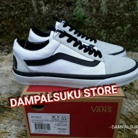 SEPATU VANS OS OLD SKOOL X THE NORT FACE TRUE WHITE BLACK WAFFLE DT 549b44e726