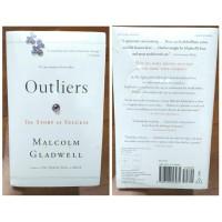 Harga buku import outliers by malcolm   Pembandingharga.com