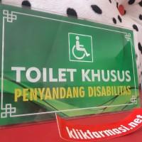 Papan Akrilik Toilet Penyandang Disabilitas 2