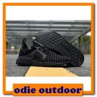 56973330e19 Jual Sepatu Adidas Outdoor Original di Kota Bekasi - Harga Terbaru ...