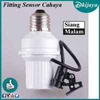 Fiting Lampu Teras Otomatis Siang Malam Fitting Sensor Cahaya
