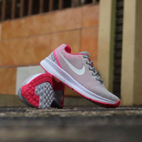 Sepatu Nike Air Zoom Women CD: AK-02-093