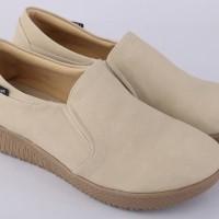 Sepatu Slip On Flat Kasual Wanita - RAH 006