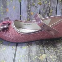 Sepatu Yongkidz Fushia