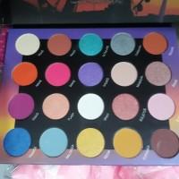 192d42ff1d068 bh cosmetics weekend festival (20 color eyeshadow)