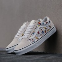 Sepatu Sneakers Vans Peanuts Old Skool Multi True White Premium Ori