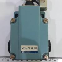 LIMIT SWITCH telemecanique XY2 CE IA 297