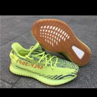 Sepatu Adidas yessy boots 350 frozen yellow