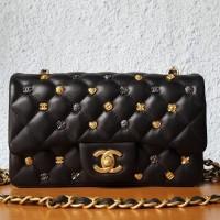 Channel Classic 18k Charm 20cm Shoulder Bag   Tas Pesta Wanita Branded d591fe01e9