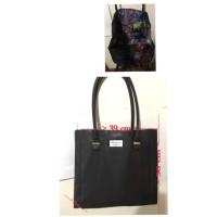 Tas Tote Shoshanna For Elizabeth Arden Black Bag /Travel Make SAKD0797