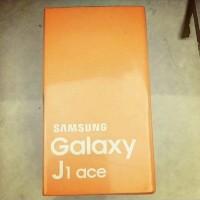 hp samsung galaxy j1 ace terbaru j111 f 4g 4glte 2sim 2kamera resmi