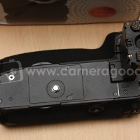 ( Camera Goods ) Battery Grip 3th Party For EOS 5D Mark III - Like New