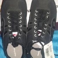 Sepatu sneaker Hush Puppies ORIGINAL Authentic Diskon