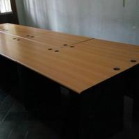 Set Meja Meeting Kursi dan Meja kantor