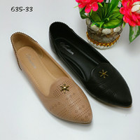 Flat shoes Vanation