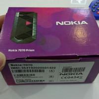 Hp Nokia 7070 model flip, imut, kecil, enak di bawa ringan