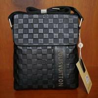 tas Selempang pria lv louis vuitton original leather ori leather