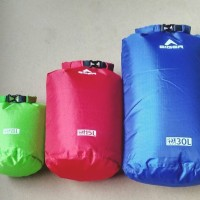 DRY BAG EIGER 10 L tas waterproof not consina sea to summit