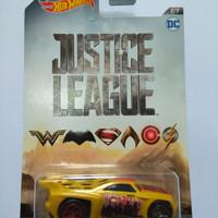 Hot wheels / Hotwheels justice league 'BASSLINE'