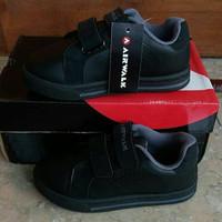 sepatu fullblack / sepatu sekolah hitam polos airwalk juke