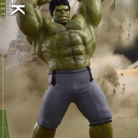 HOT TOYS MMS 287 AVENGERS : AGE OF ULTRON – HULK DELUXE SET