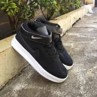 Sepatu Pria - Nike Air Force 1 Mid Black White - GO a965076ca1