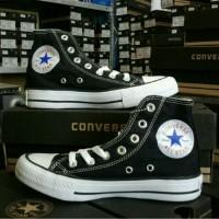 Sepatu Converse All Star warna hitam
