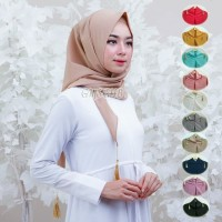 Triangle Instant Hijab with Tassel ( Diamond material)