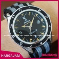 Jam Tangan Omega Seamaster Spectre Bond Kanvas Kulit Ab Premium 2e1fab3f3a