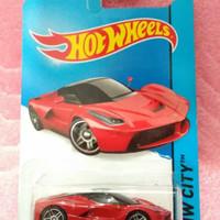 Hotwheels LaFerrari Red