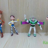 action figure toy story (woody, buzz, jessie, bullseye)