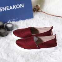 Sepatu Slip on Wanita Flat Sneakers Wanita SNK AM SNEAKON